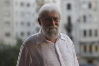 Brazilian theologist, ecologist and intellectual Leonardo Boff poses for a photograph during his first visit to Montevideo, Uruguay, 16 March 2015. EFE/Hugo Ortuño